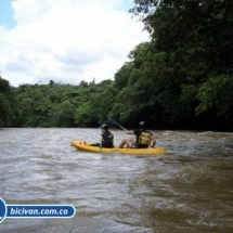 BICIVAN Kayak Colombia - Río Anchicaya