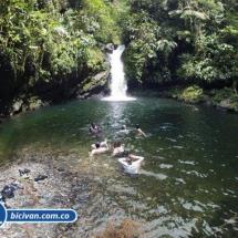Via Simon Bolivan antigua via Cali Buenaventura - Bicivan Kayak Colombia (11 de 25).jpg