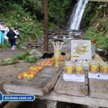 Via Simon Bolivan antigua via Cali Buenaventura - Bicivan Kayak Colombia (13 de 25).jpg