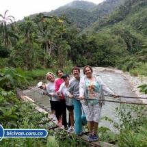 Via Simon Bolivan antigua via Cali Buenaventura - Bicivan Kayak Colombia (16 de 25).jpg