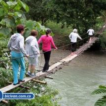 Via Simon Bolivan antigua via Cali Buenaventura - Bicivan Kayak Colombia (17 de 25).jpg