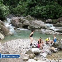 Via Simon Bolivan antigua via Cali Buenaventura - Bicivan Kayak Colombia (23 de 25).jpg