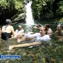 Via Simon Bolivan antigua via Cali Buenaventura - Bicivan Kayak Colombia (6 de 25).jpg