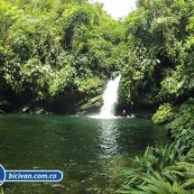 Via Simon Bolivan antigua via Cali Buenaventura - Bicivan Kayak Colombia (9 de 25).jpg
