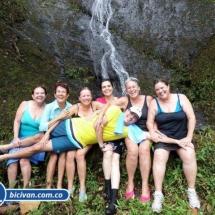 Via Simon Bolivan antigua via Cali Buenaventura - Bicivan Kayak Colombia (2 de 25).jpg
