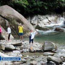 Via Simon Bolivan antigua via Cali Buenaventura - Bicivan Kayak Colombia (22 de 25).jpg
