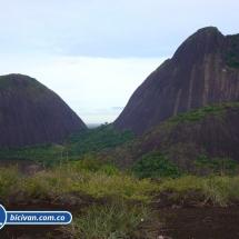 Bicivan Tour Rio Cerros de Mavecure Colombia