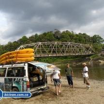 bicivan-tour-kayak-rio-anchicaya-sabaletas-valle-del-cauca-pacifico-colombia-102-jpg