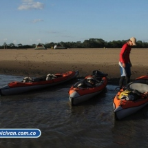 bicivan-tour-kayak-rio-meta-llanos-orientales-colombia-02.jpg