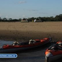 bicivan-tour-kayak-rio-meta-llanos-orientales-colombia-03.jpg