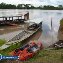 bicivan-tour-kayak-rio-meta-llanos-orientales-colombia-21.jpg