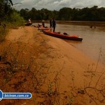 bicivan-tour-kayak-rio-meta-llanos-orientales-colombia-29.jpg