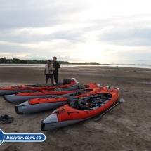 bicivan-tour-kayak-rio-meta-llanos-orientales-colombia-41.jpg