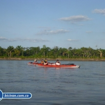 bicivan-tour-kayak-rio-meta-llanos-orientales-colombia-08.jpg