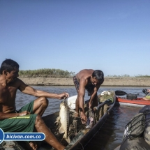 bicivan-tour-kayak-rio-meta-llanos-orientales-colombia-12.jpg