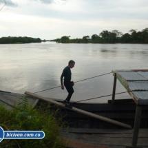 bicivan-tour-kayak-rio-meta-llanos-orientales-colombia-23.jpg