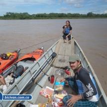 bicivan-tour-kayak-rio-meta-llanos-orientales-colombia-52.jpg