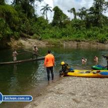 bicivan-tour-kayak-rio-anchicaya-sabaletas-valle-del-cauca-pacifico-colombia-28-jpg