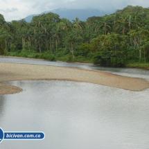 bicivan-tour-kayak-rio-anchicaya-sabaletas-valle-del-cauca-pacifico-colombia-38-jpg