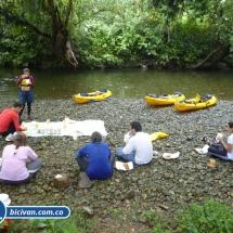 bicivan-tour-kayak-rio-anchicaya-sabaletas-valle-del-cauca-pacifico-colombia-61-jpg
