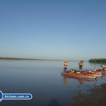 bicivan-tour-kayak-rio-meta-llanos-orientales-colombia-11.jpg